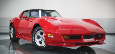 Chevrolet Corvette 1982 front right view