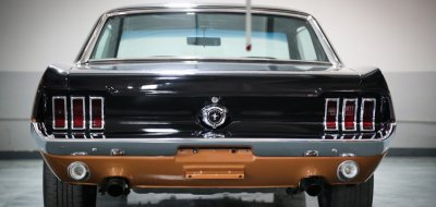 Ford Mustang 1967 rear view
