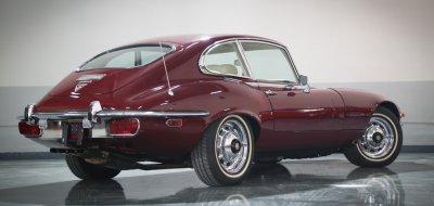 Jaguar E-Type 1972 rear/side view