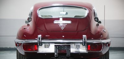 Jaguar E-Type 1972 rear view