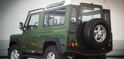 Land Rover Defender 1997 rear/side view