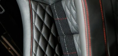 Land Rover Defender 2006 KAHN edition leather seat