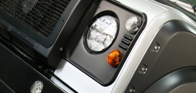 Land Rover Defender 2006 KAHN edition headlight