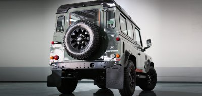 Land Rover Defender Black Series 2016 rear view