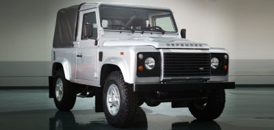 Land Rover Defender single cab 2016 front/side view