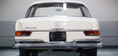 Mercedes Benz 220SE 1961 rear view