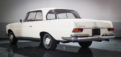 Mercedes Benz 220SE 1961 rear left view