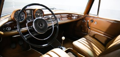 Original dashboard and cockpit of Mercedes Benz 220SE 1964