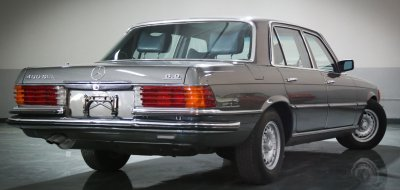 Rear view of the Mercedes Benz 450 SEL 6.9 1976