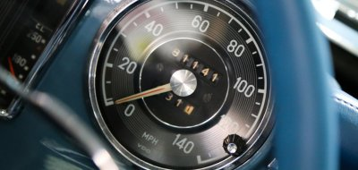 Mercedes Benz SL230 1965 speedometer