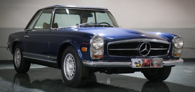 Mercedes Benz SL280 1969 front right view
