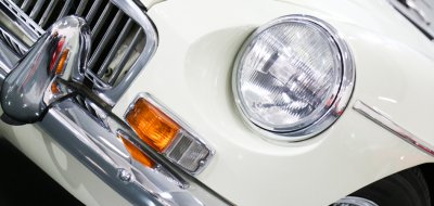 MG C 1969 headlight