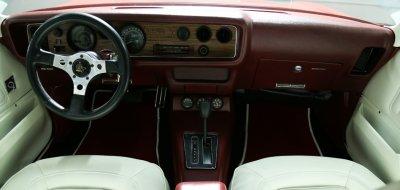 Pontiac Firebird Formula 1974 interior