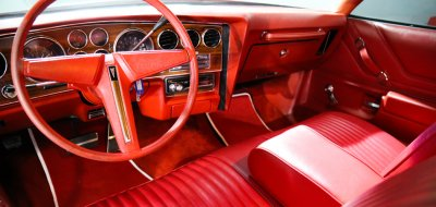 Pontiac Grand Le Mans 1976 interior