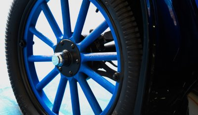 Ford Model T 1923 wheel closeup view
