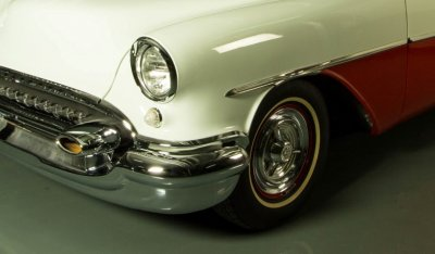 Oldsmobile 88 1956 front left closeup iew
