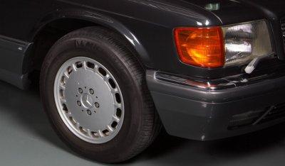 Mercedes Benz SEC560 1991 front wheel closeup