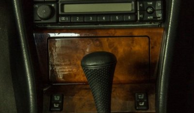 Mercedes Benz E500 1994 gear & control buttons