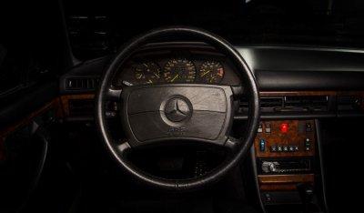 Mercedes Benz SEC560 1991 steering wheel