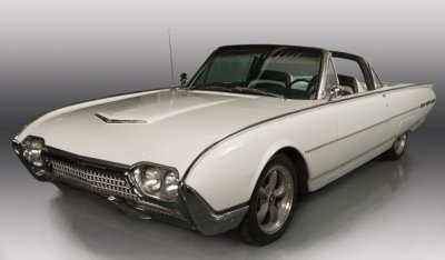 Ford Thunderbird 1962 front right view