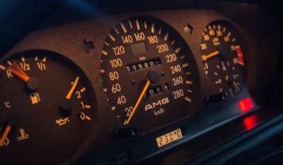 Gauges of the Mercedes Benz 3,4 AMG CE300 1991