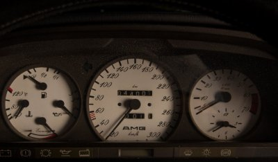 Mercedes Benz SEC560 AMG 1993 gauges