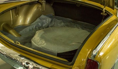 Studebaker Gran Turismo Hawk 1963 trunk closeup view