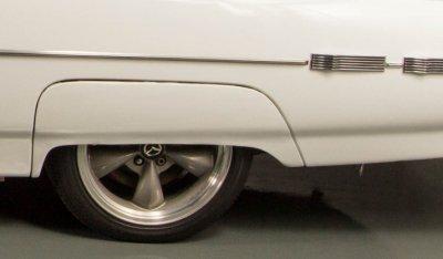 Ford Thunderbird 1962 rear wheel closeup view
