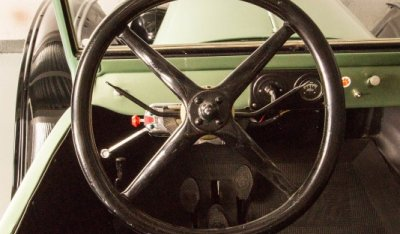 Ford Model T 1923 steering wheel
