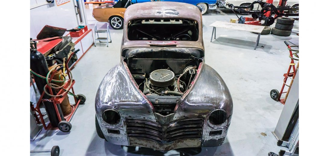 Classic Cars Restoration Services Classic Cars In Dubai UAE - Classic car restoration